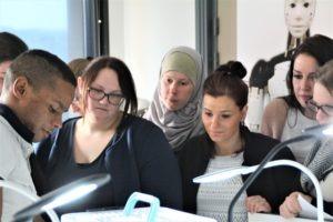 Visite des étudiantes de FCU du DU PEI (Préparation aux Études d'Infirmier(ères))