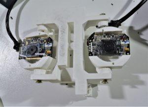 Implantation des caméras pour les yeux de Néo